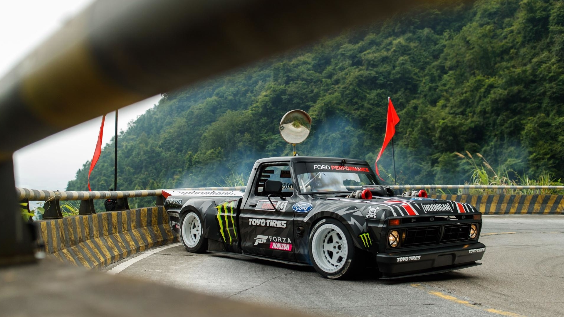 Ken Block has released the full eight-minute-long Climbhana footage of his rapid ascension to the pinnacle of the Tianmen Mountain, China.