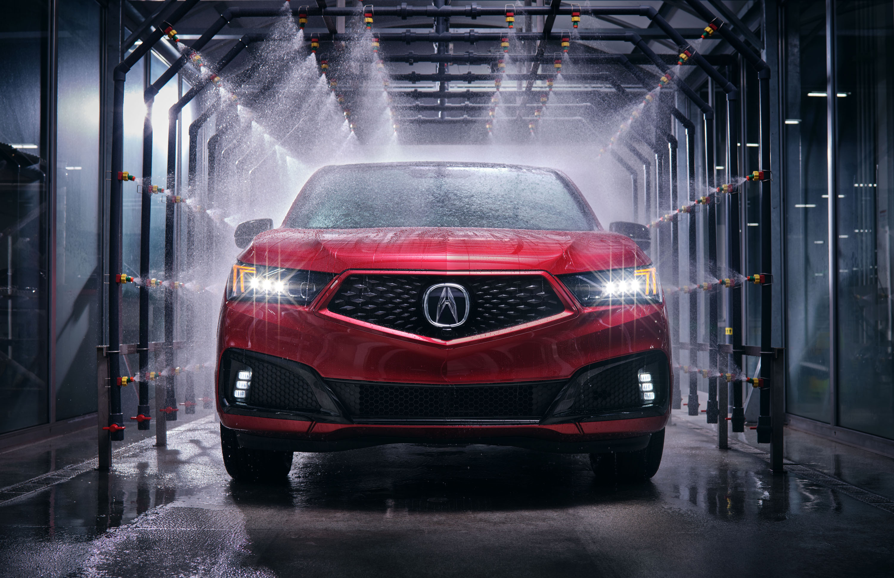 The Acura car factory in Marysville, Ohio, USA, has been producing handcrafted NSX sports cars since 2016 and TLX PMC Edition sedans since 2017. A new crossover called the MDX PMC Edition will join the lineup soon.