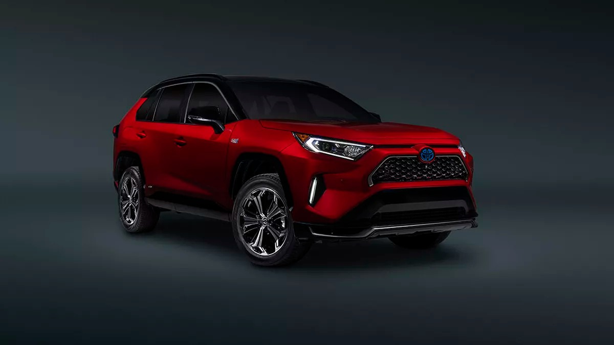 Toyota has introduced the performance-oriented RAV4 Prime SUV ahead of its LA Show premiere. Aside from being the strongest model on the RAV lineup, it is also the least gas-hungry.
