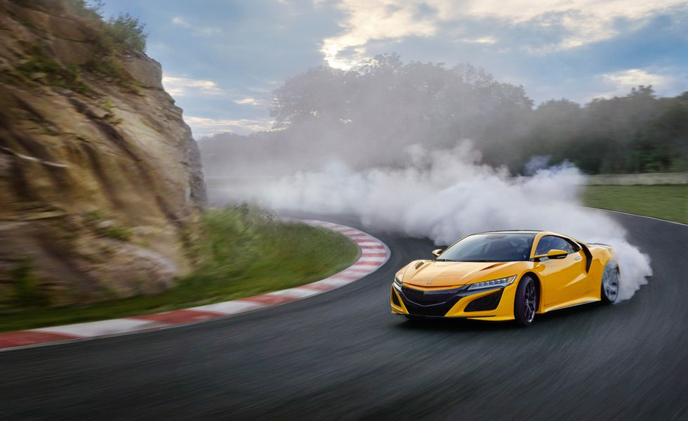 Acura has unveiled the 2020 version of its NSX super sports coupe series at the ongoing LA Show. You can buy one starting from U.S. $157,500.