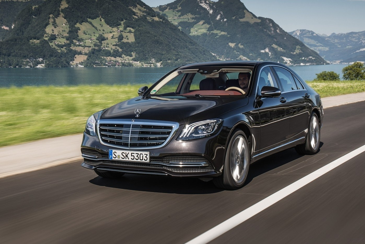 Testing the next Mercedes-Benz S-Class flagship may be in full swing, but the current generation remains as popular as ever, with the company's Sindelfingen factory pushing out its 500,000th W222 S-Class.