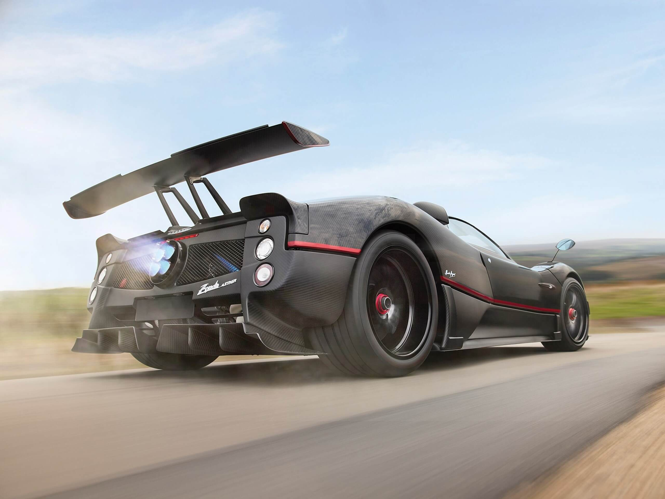 The unique supercar just went under the hammer at Sotheby's, fetching $682,000 more than the boldest prediction of $5,500,000. This makes it Zonda's single most expensive auction sale.