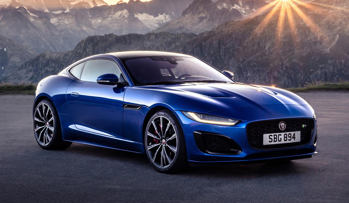 The Jaguar F-Type sports car series, which had been around since 2013, received its mid-generational update today. Contrary to what rumors claimed, it did not get any kind of BMW powertrain.