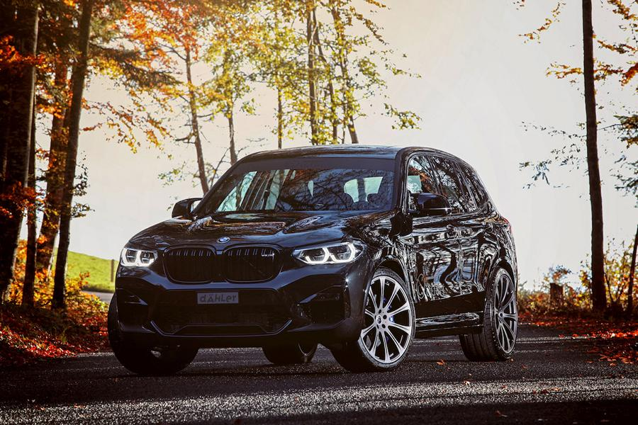 In theory, the BMW X3 M Competition can outrun any and all competitors thanks to its twin-turbo six-cylinder mill churning out a whopping 510 hp (380 kW). In reality, the Mercedes GLC 63 AMG has 0.3 s faster sprint time.