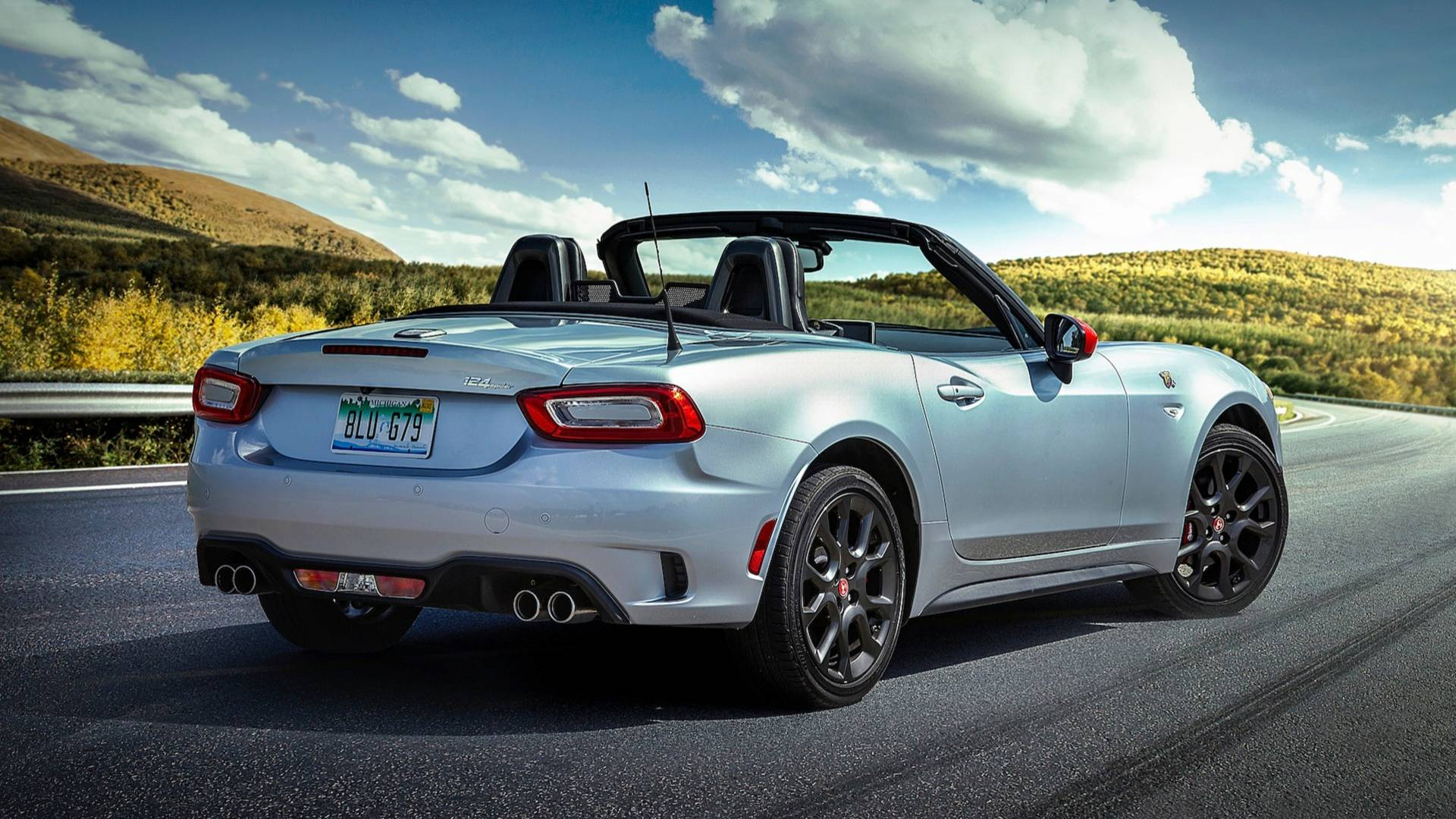 The Fiat 124 Spider – a 2015 roadster with a retro vibe and an iconic name – leaves the European markets even before its planned mid-generational refresh could attempt to save it.