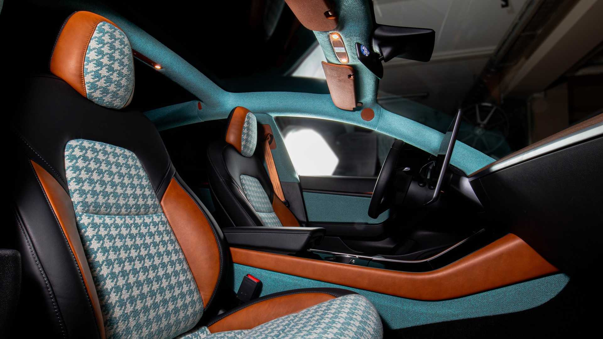 Ever since the Tesla Model 3 debuted in March 2016, people have been quarreling about its interior design quality.
