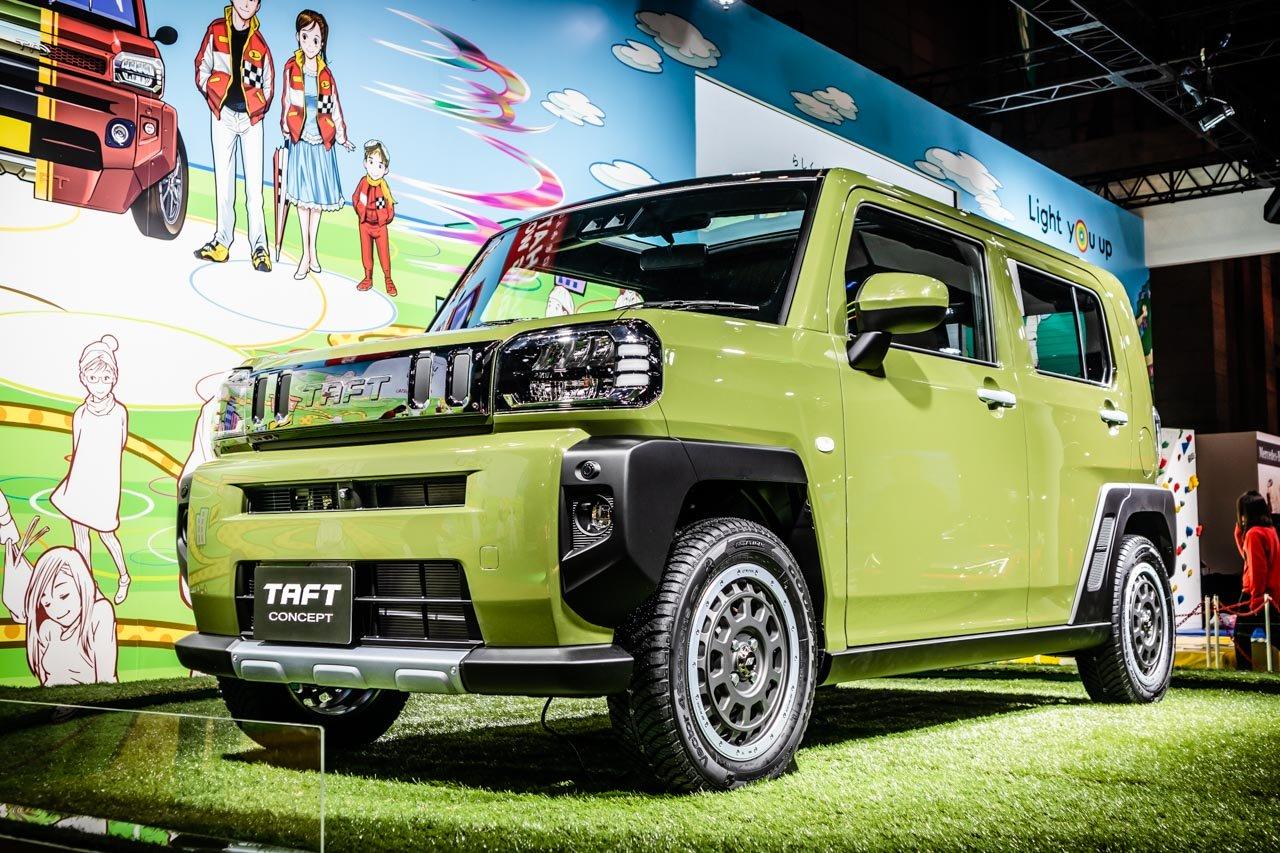 Японская фирма Daihatsu возрождает старые обозначения своих моделей: недавний кроссовер Rocky назван в честь компактного рамного внедорожника родом из девяностых, а теперь компания вспомнила об имени Taft.