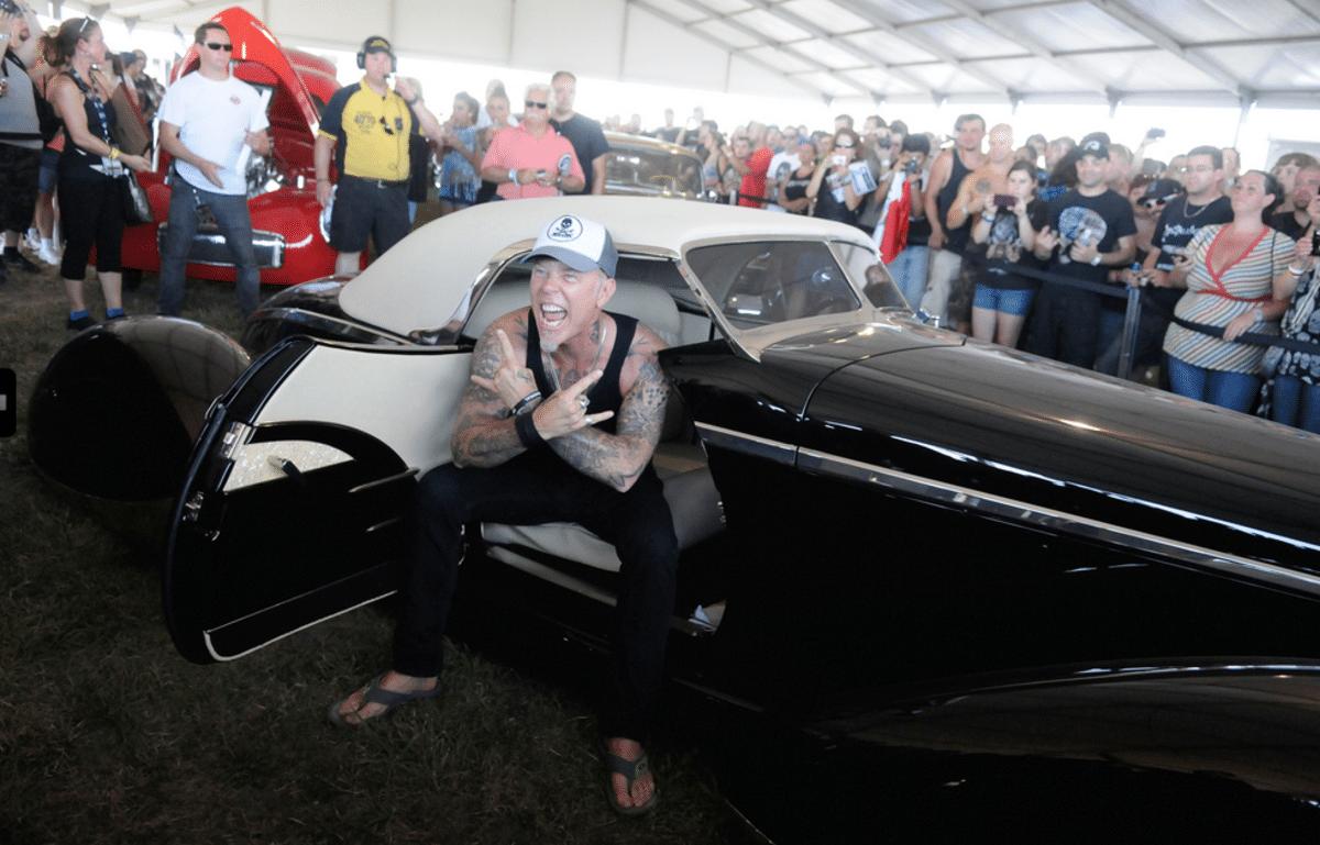 Участник культовой группы Metallica Джеймс Хэтфилд известен не только как музыкант, но и как собиратель уникальных автомобилей. Совсем скоро часть его коллекции будет показана в рамках специальной выставки.