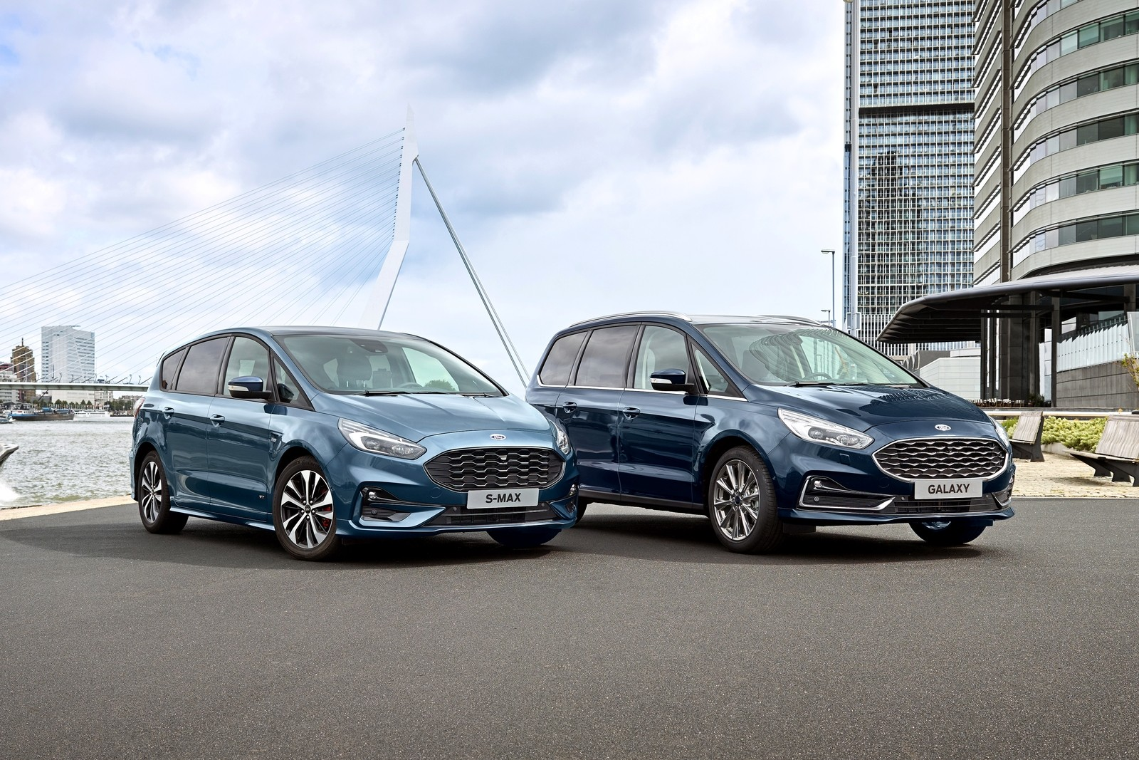 In accordance with the plans Ford announced last year, the Galaxy and S-Max MPVs will leave the European markets by 2022. Before that, though, both will briefly become available in PHEV form.