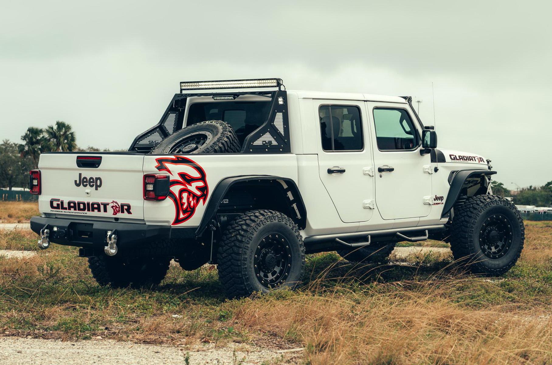 Команда мастерской TR3 Performance из Флориды представила свою версию нового «Гладиатора». Взглянем?