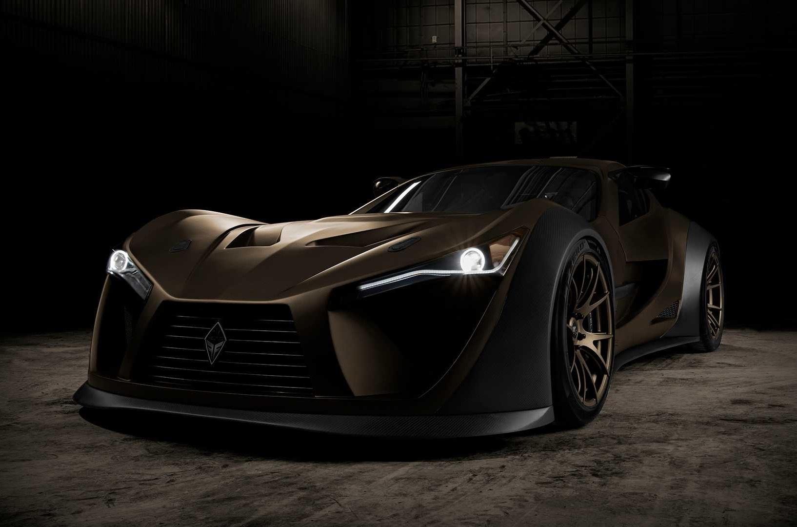 Канадская компания Felino представит на автосалоне в Канаде cB7R – дорожный суперкар, для которого доступен 7,0-литровый двигатель. Всего таких на рынок выйдет 10 штук по цене от 360 000 канадских долларов.