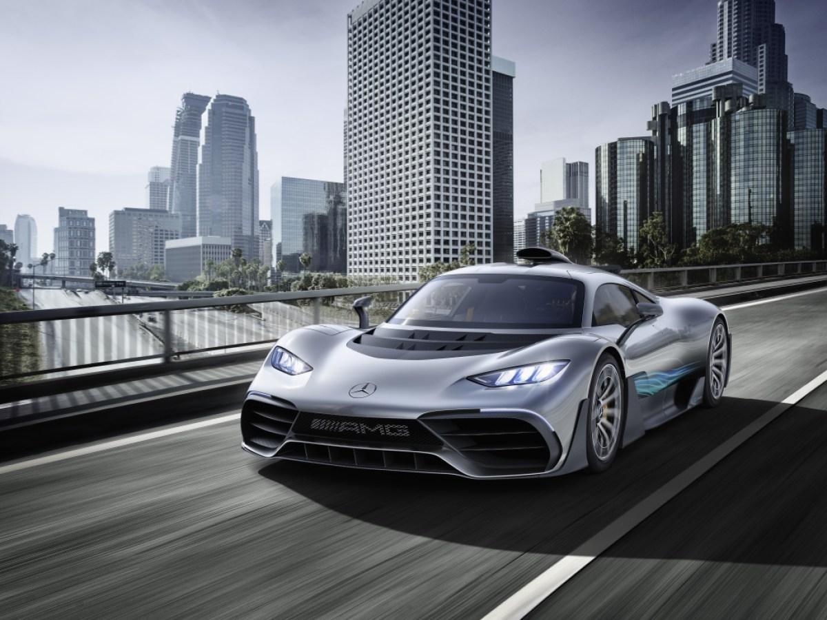 Концерн Daimler рассказал об изменениях модельного ряда до конца 2022-го: за три неполных года должны появиться 32 новинки, из которых большинство будет электрифицированным.