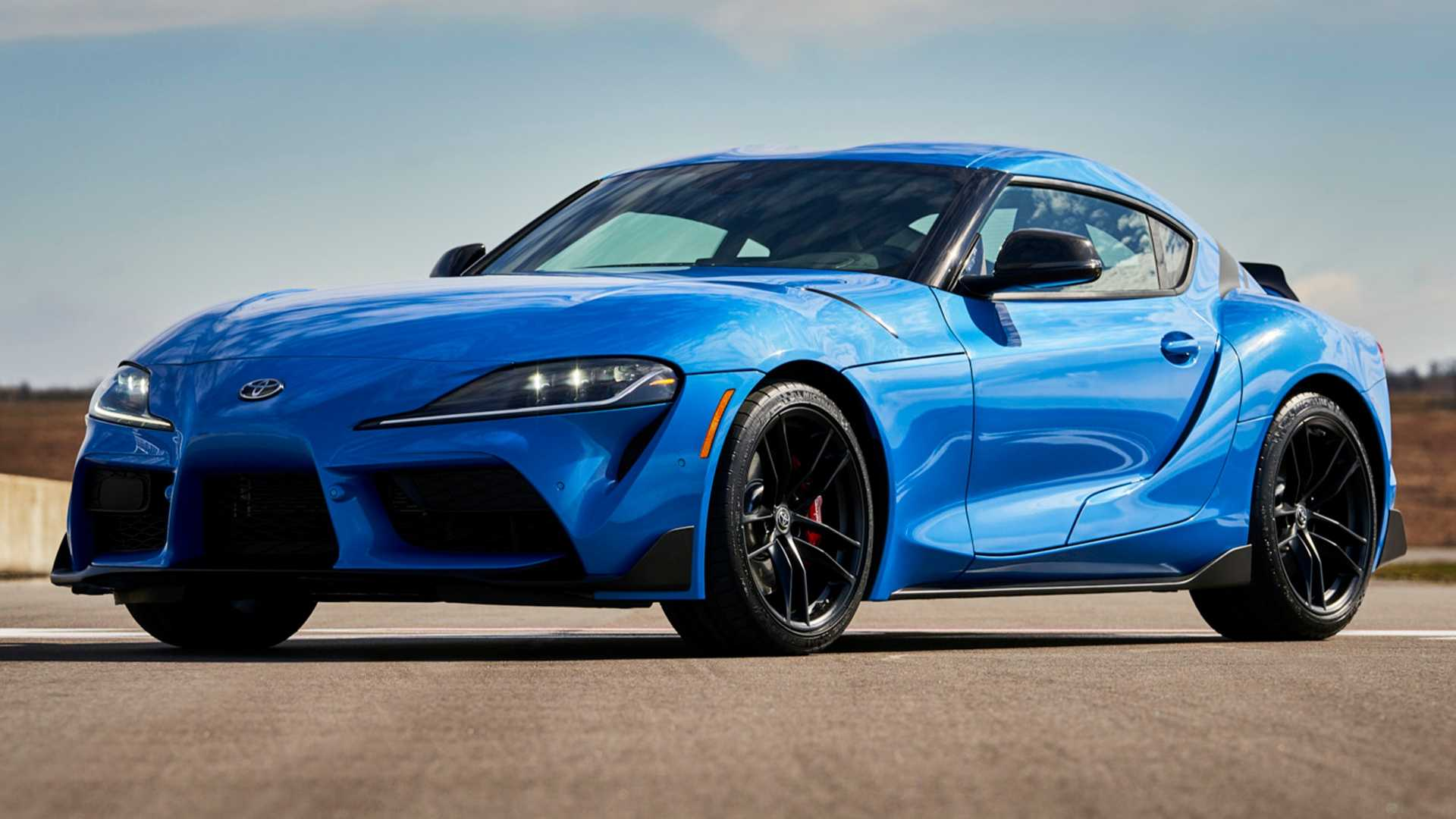 It has barely been a year since Toyota showed us the fifth generation of the Supra at the Detroit Motor Show, and the sales have begun even later than that. Still, the 2021 Supra is already underway.