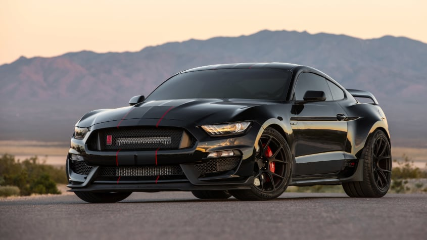 Американская мастерская тюнинга Fathouse Fabrications взялась за доработку штатного мотора Shelby GT350 Mustang. В самом мощном варианте отдача 5,2-литровой «восьмерки» перевалила за 1400 сил!