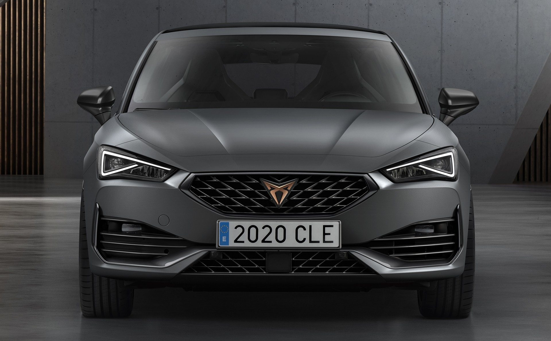 Following the debut of the 'mundane' Seat Leon a month ago, Cupra has unveiled the performance-oriented modifications of the hatchback and the estate/wagon. There is seven in total!