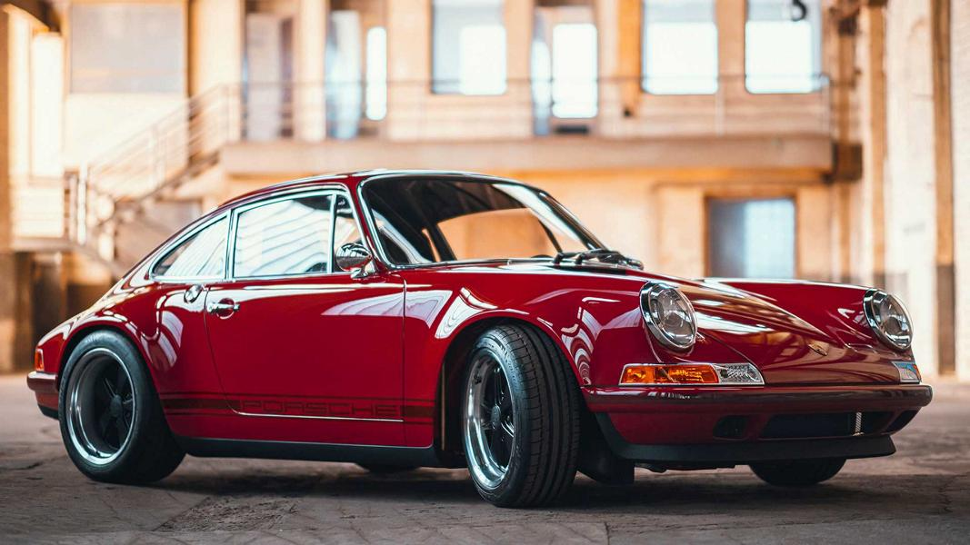 Up until recently, restoration of such classics as the Porsche 911 (964) has been the prerogative of U.S.-based Singer Vehicle Design. Each one-off restomod took Singer up to 2 years to produce and often cost north of $500,000. Today, let us look at what appears to be a highly worthy alternative from Germany.