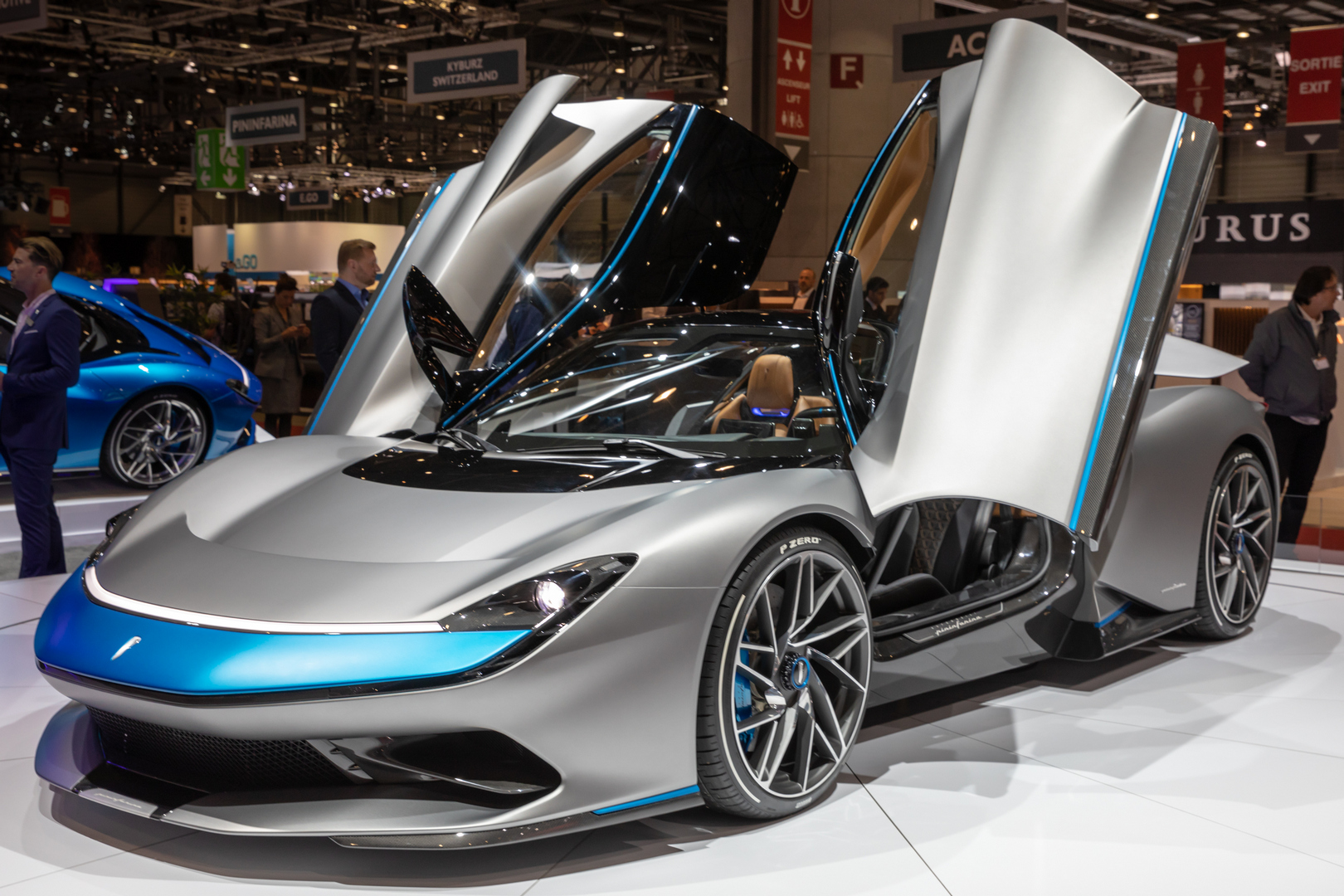Automobili Pininfarina showed us its 1,900-horsepower Battista EV at the GIMS 2019 (see the pics and watch the video if you need a reminder). The hypercar hasn't even come out yet, but it has already received a Special Edition.