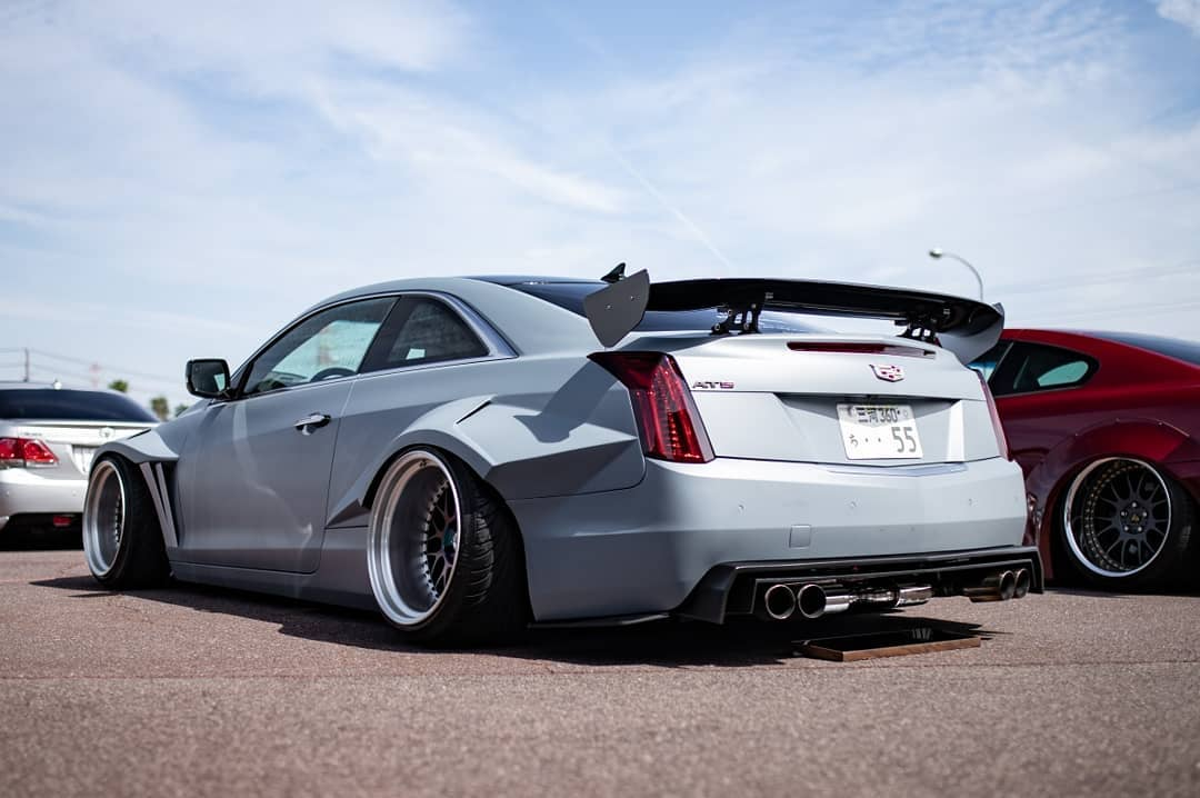 We have to admit, it has been a while since we saw a Cadillac ATS Coupe pimped out quite like that. We had even suspected these photos to be masterfully crafted 3D renderings, until we realized that this was not the case.