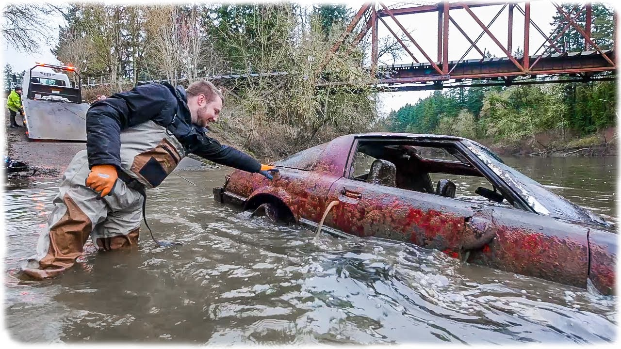 Scuba divers from Portland, USA, got more than they bargained for when they investigated into an old urban legend about a girl who sank her boyfriend's truck in the river two decades ago.