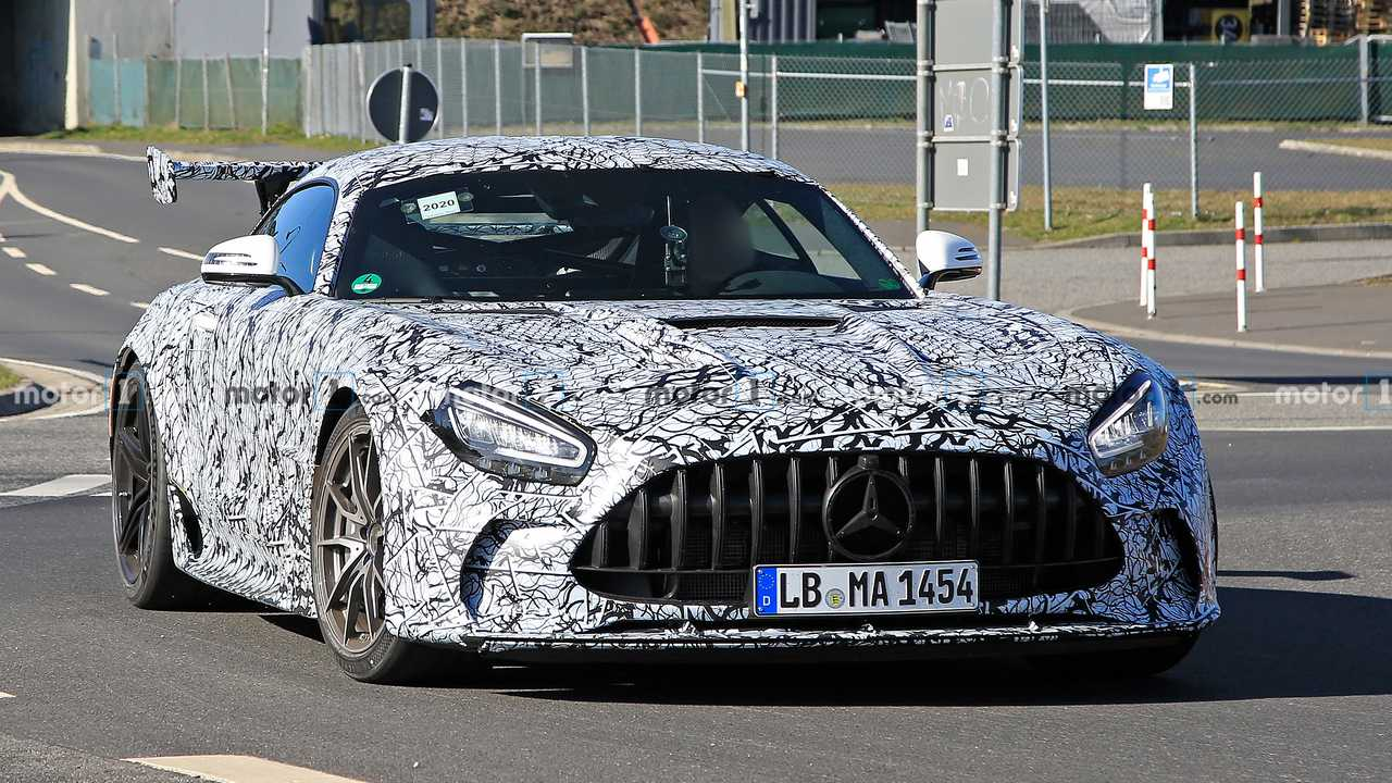 The range-topping Mercedes-AMG GT supercar – the Black Series – has already been spotted out in the open a couple of times, but its specs have remained a mystery until now.