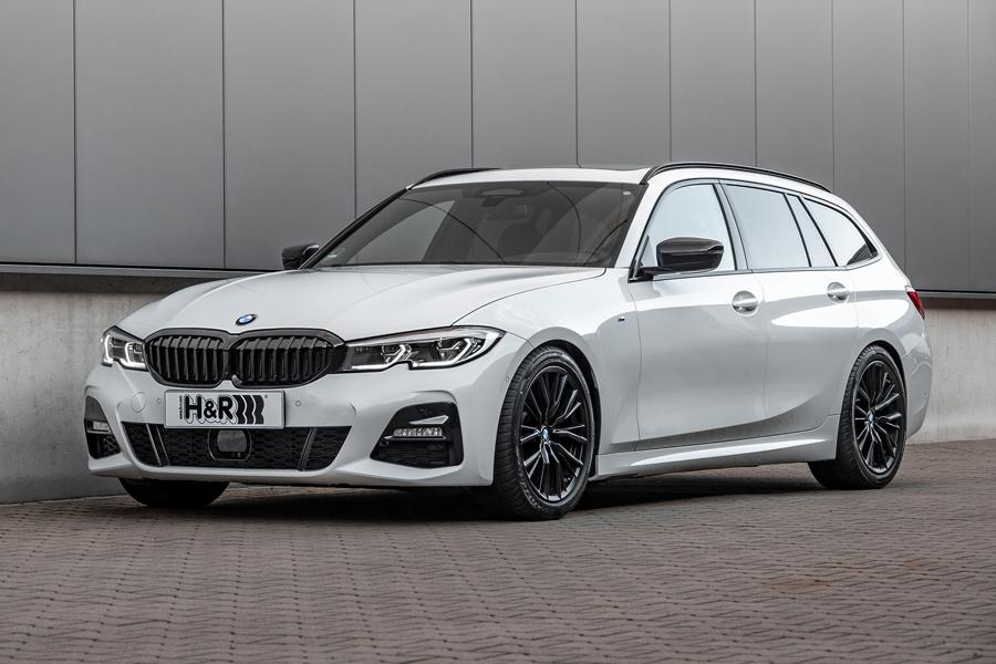 The BMW 3 Series enjoys the reputation of a best-seller in the Bavarian automaker's lineup. With its premium-grade equipment and tech, luxurious trim and sporty looks, this is hardly surprising. Starting this week, H&R offers a new lowering kit for the G21 Touring.