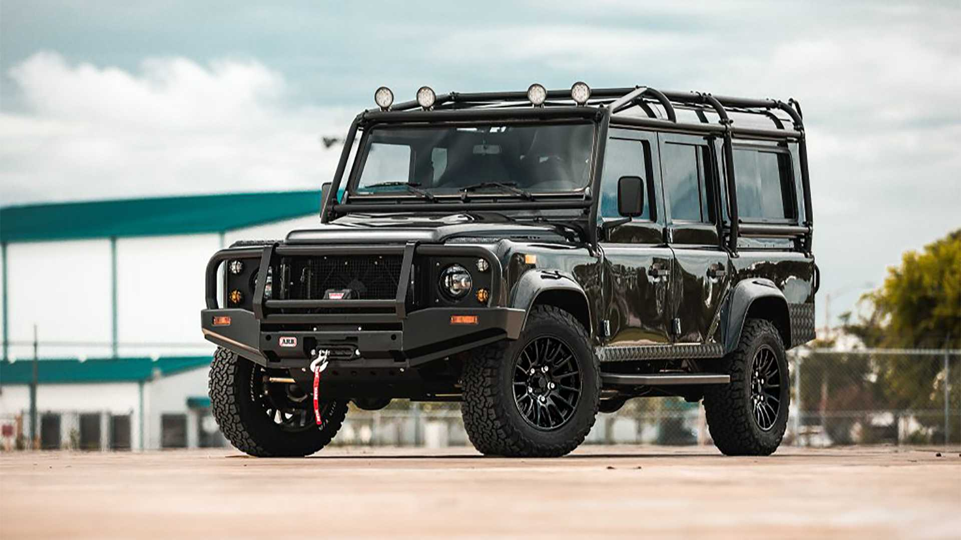 E.C.D. Automotive Design, North American tuner previously known as East Coast Defender, has produced another fully restored, heavily customized SUV. Rather than swap it for the usual LS3 V8, though, the team made it all-electric.