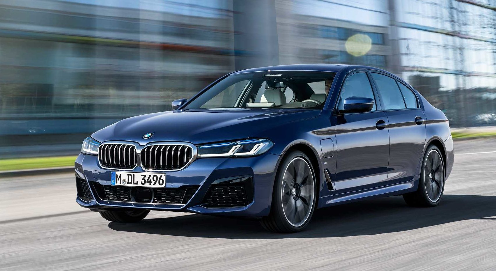 BMW 5 Series: Electric Plan Detailed