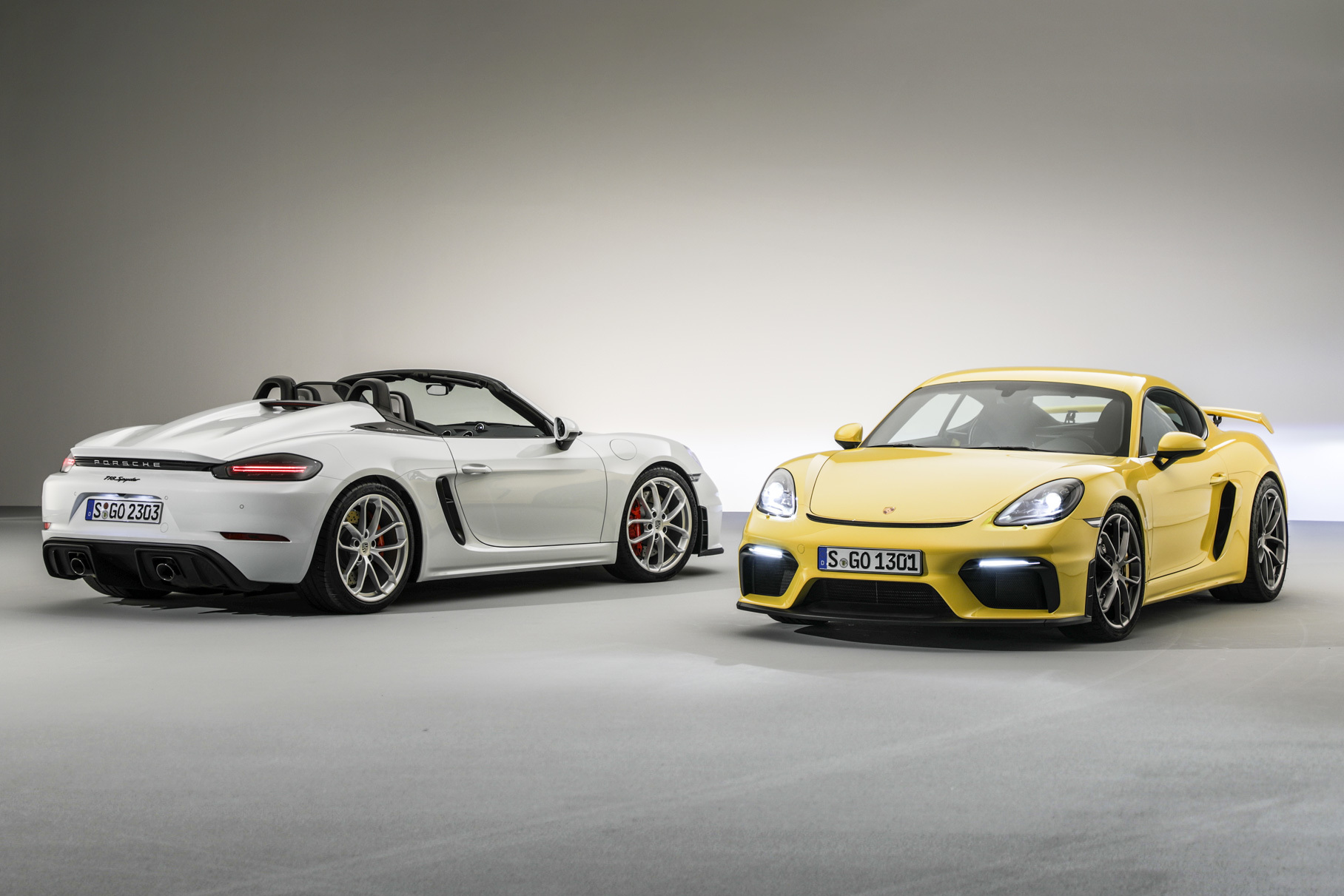 As you probably remember, Porsche switched its Boxster and Cayman models from six to four cylinders four years ago. This caused harsh criticism and loss of sales worldwide – but eventually proved the right decision, as Dr. Frank-Stefan Walliser now explains.
