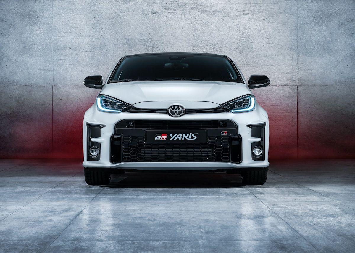 Официальные дилеры японского бренда «Тойота» начали принимать заказы на GR Yaris. На сегодняшний день количество предварительных заказов в Японии и странах Европы достигло 6 000.