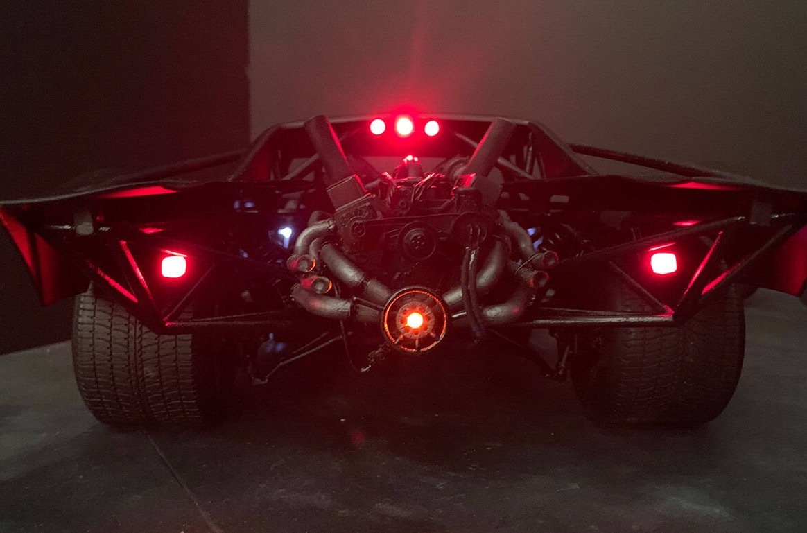 Jeff Frost, a widely known concept artist, has revealed a few pics of the new Batmobile that Robert Pattinson will drive in the next Batman movie. He immediately proceeded to delete the photos, but not before they spread all over the net.