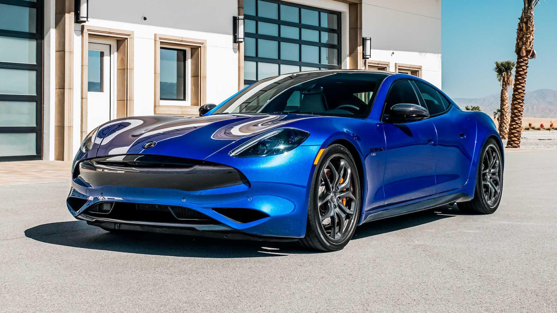 Фирма Karma Automotive подготовила обновление для гибрида Revero GT: два пакета сделали седан более стильным и динамичным.