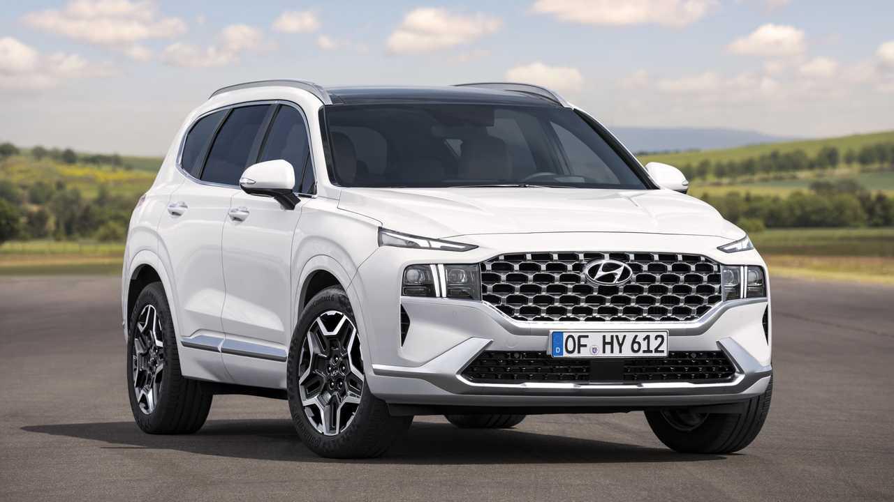 Hyundai Santa Fe серьёзно обновился месяц назад, но только теперь появилась информация о силовых агрегатах – правда, пока только для Южной Кореи.