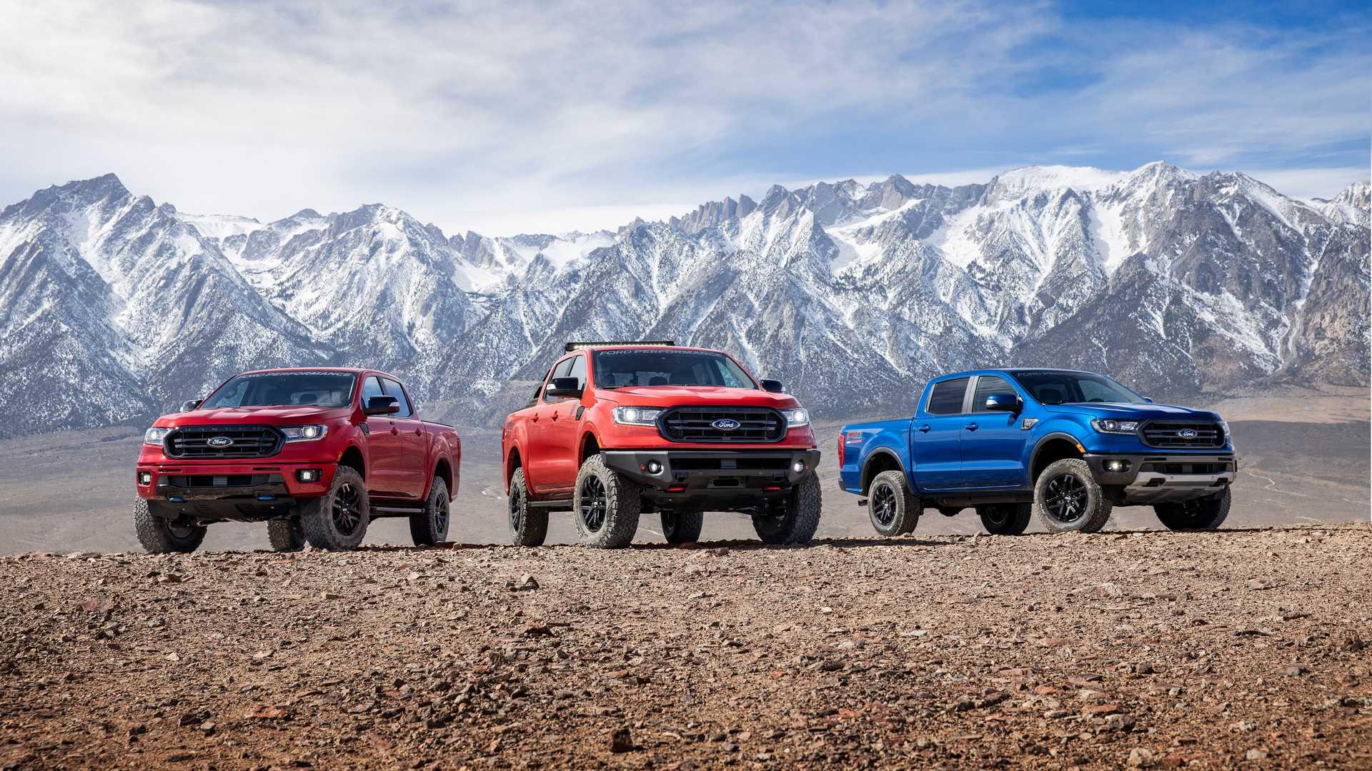 Отделение Ford Performance представило сразу три внедорожных набора для пикапа Ranger: по большому счёту, это один пакет элементов, но с тремя уровнями доработки.