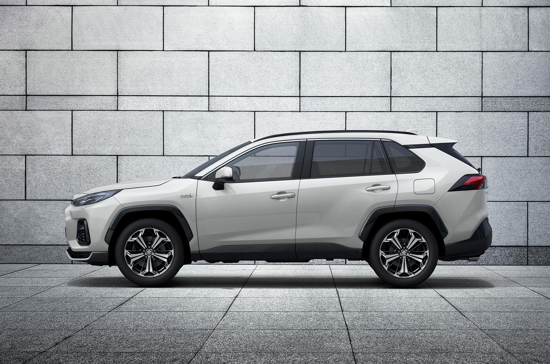 Компания «Судзуки» презентовала компакт-кросс Across, который является «новым прочтением» Toyota RAV4. Модель разработана для рынка Европы.