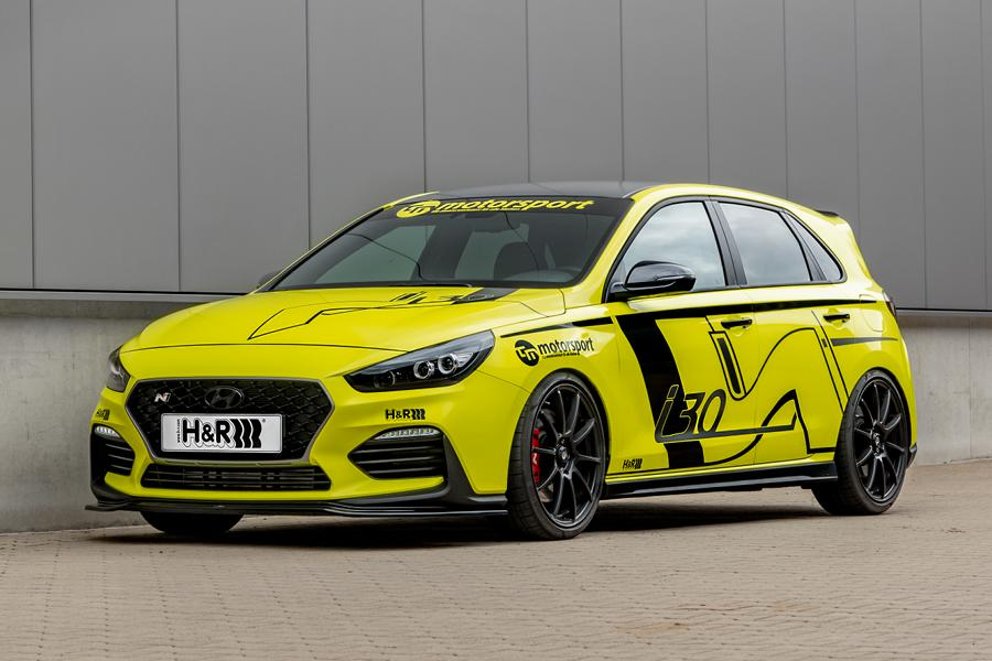 German suspension specialist H&R has launched a number of aftermarket upgrades for the Golf GTi's greatest rival, the Hyundai i30N. The hot hatch receives coil-over springs, sway bars, wheel spacers and a special error override mod.