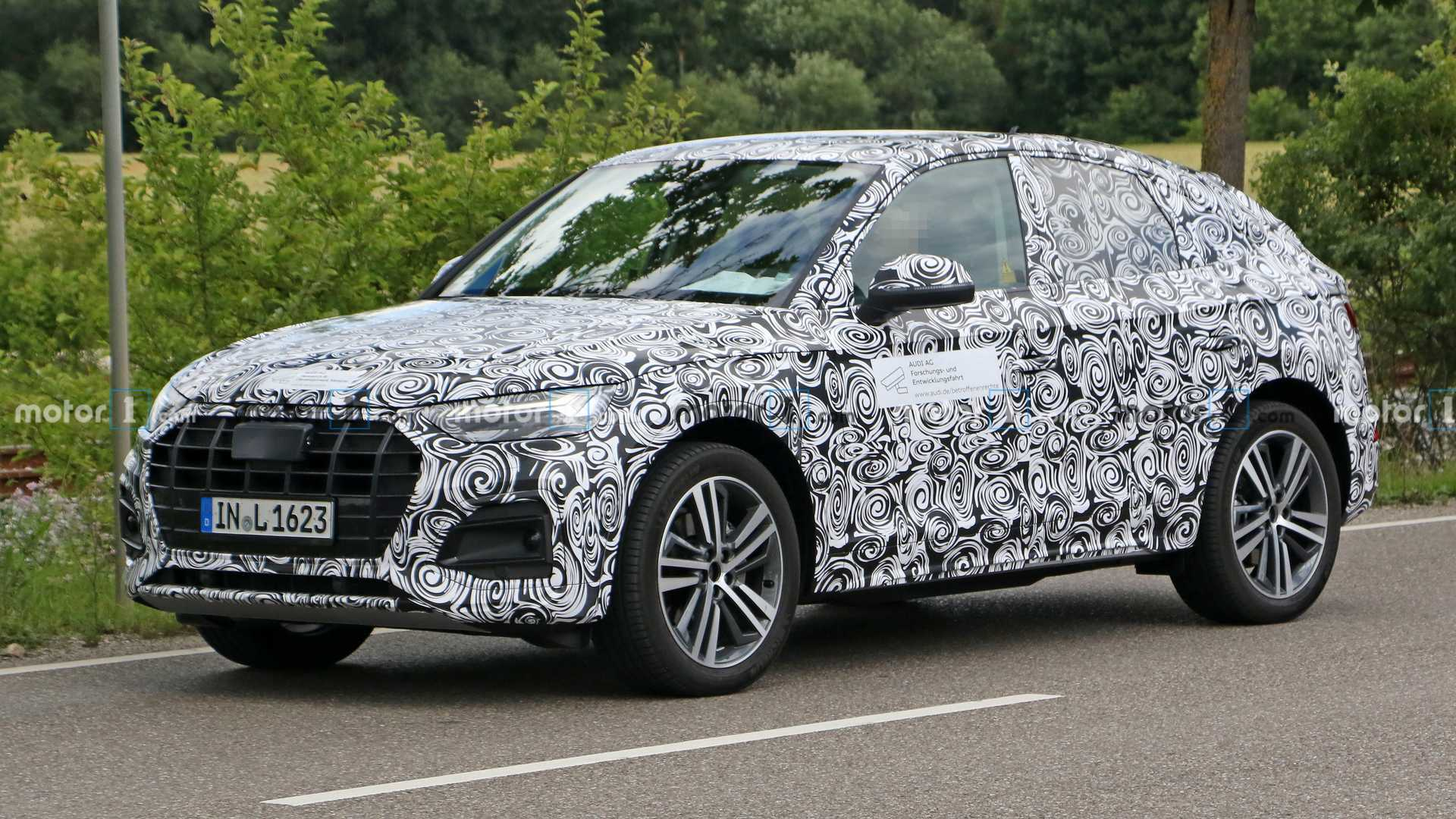 """Initially, Audi had only used the name """"Sportback"""" for its light passenger cars, while its coupe-shaped SUVs received """"Q plus even number"""" names, such as Q2 or Q8. Things changed with the arrival of the Q3 Sportback, then the e-tron Sportback, and finally the Q5 Sportback revealed today."""
