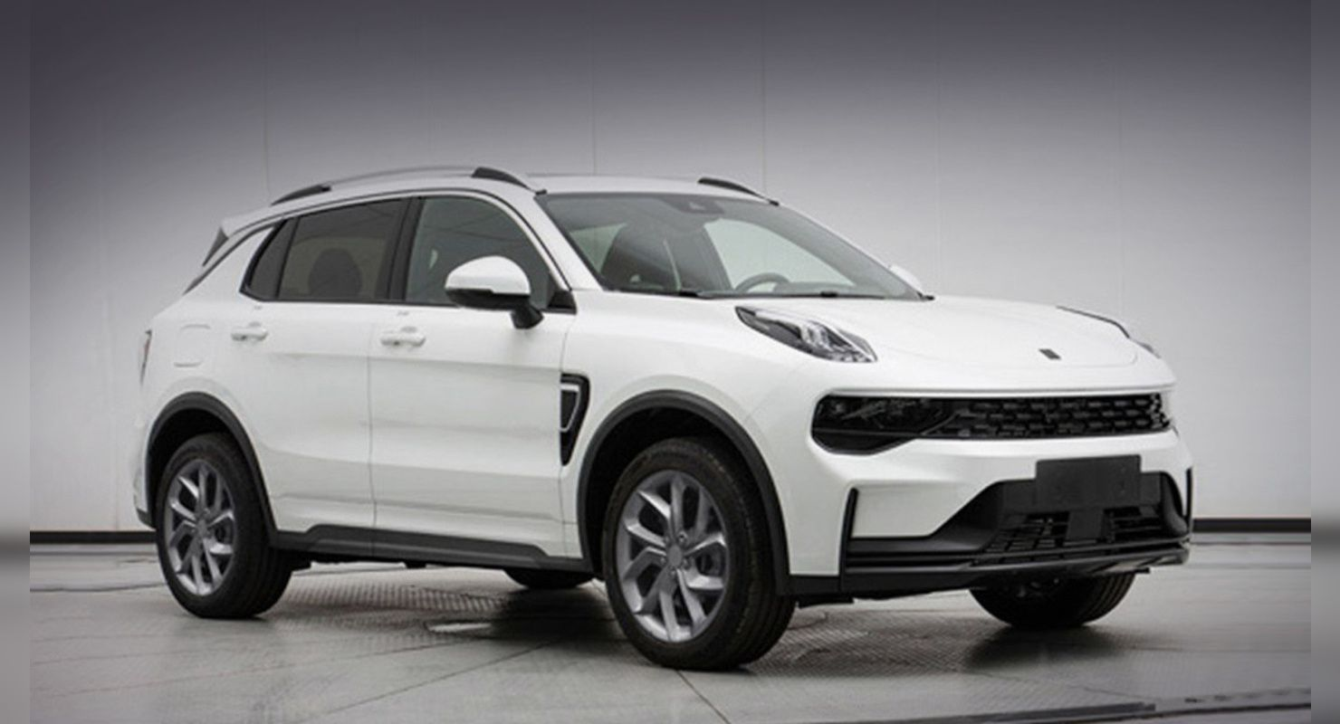 The original Lynk & Co 01 SUV hit the market back in 2016 (watch the video if you need a reminder) and received a major update that's more about tech than looks.
