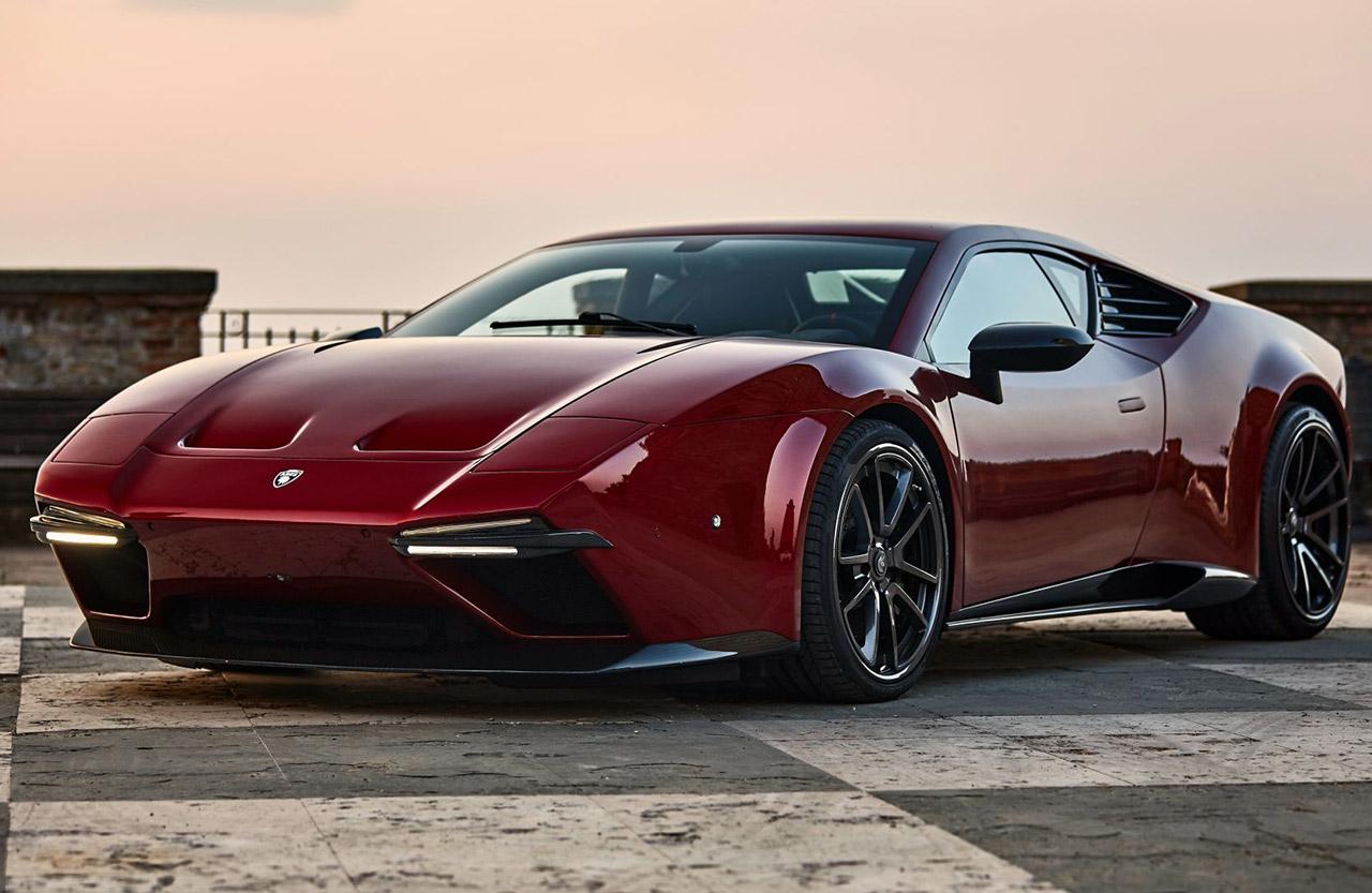 Тюнеры из Ares Design показали на видео суперкар Panther ProgettoUno, стилизованный под De Tomaso Pantera. Базой для проекта послужил Lamborghini Huracan, но его кузов полностью перекроили с использованием карбона.