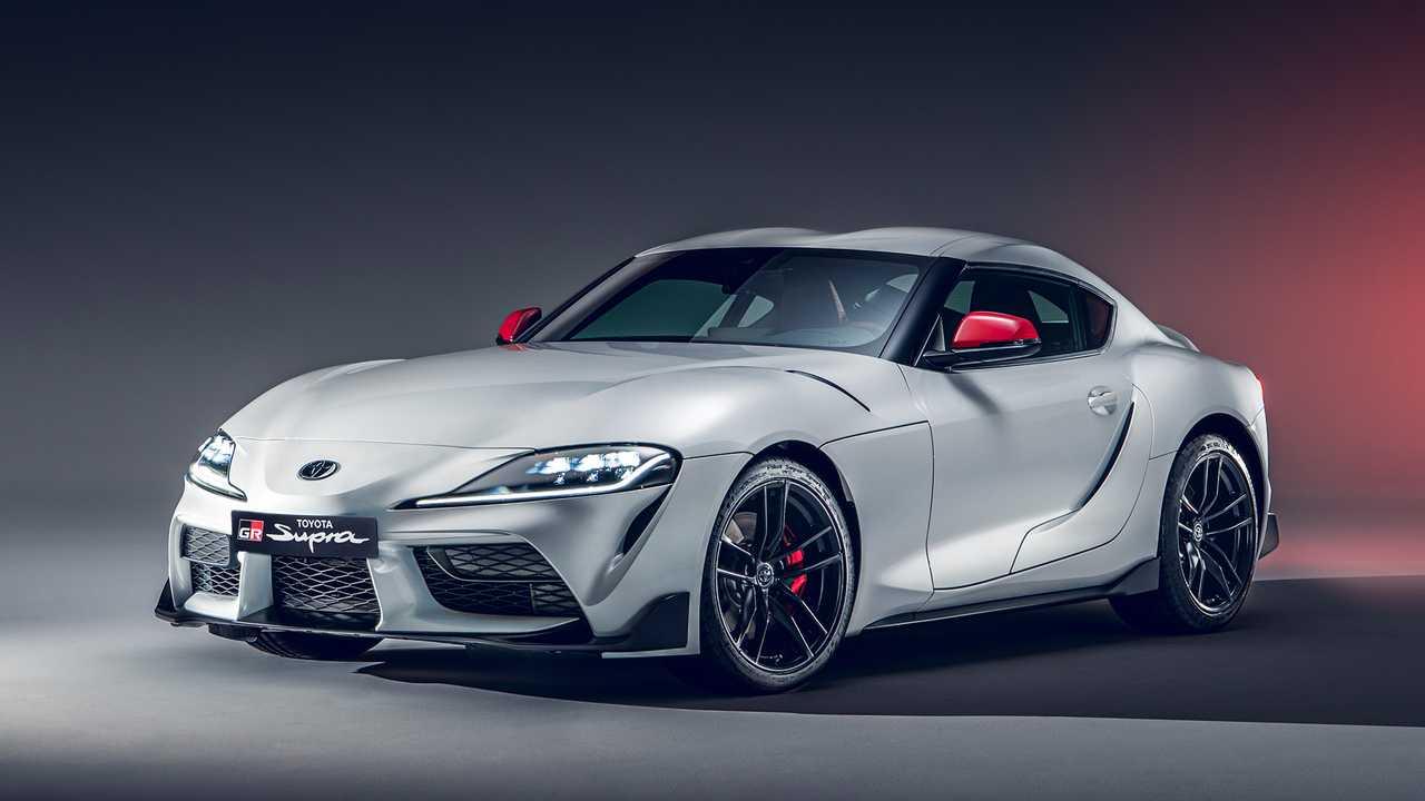 Накануне стало известно, что особое исполнение Toyota Supra GRMN выпустят в ограниченном количестве и оснащать его будут 510-сильным агрегатом BMW 3.0 S58 с роботизированной КПП на семь передач. Привод на задние колеса сохранят.