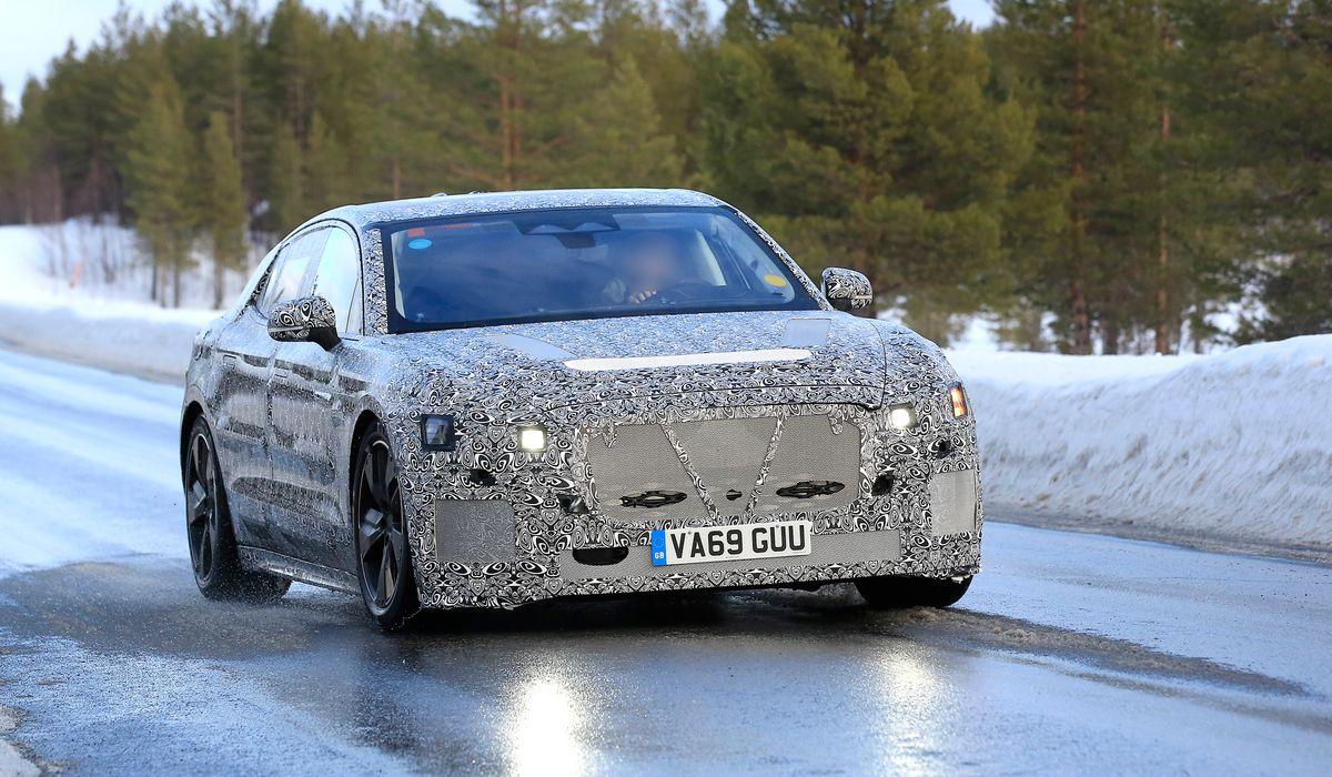 Выпуск нового Jaguar XJ на электротяге отложили до конца 2021 года. Причина – оптимизация расходов. Изначально производитель планировал представить новинку до конца текущего года, но теперь презентация отложена до октября следующего.