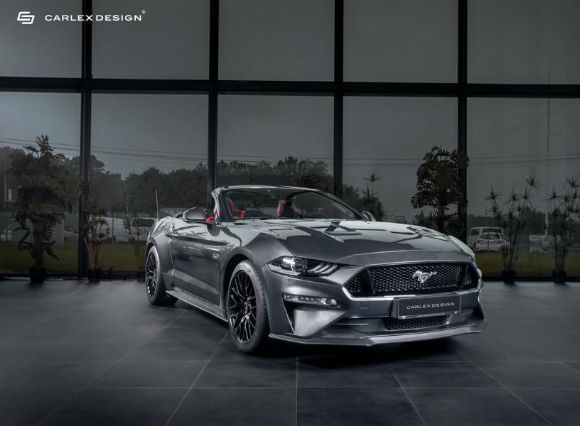 Маслкары серии Ford Mustang всегда страдали не особо качественной отделкой салона, и лишь в последнем поколении наметились положительные сдвиги. Польское ателье Carlex Design на примере рестайлингового «Мустанга» 2020 года решило показать, как может выглядеть интерьер, если постараться.