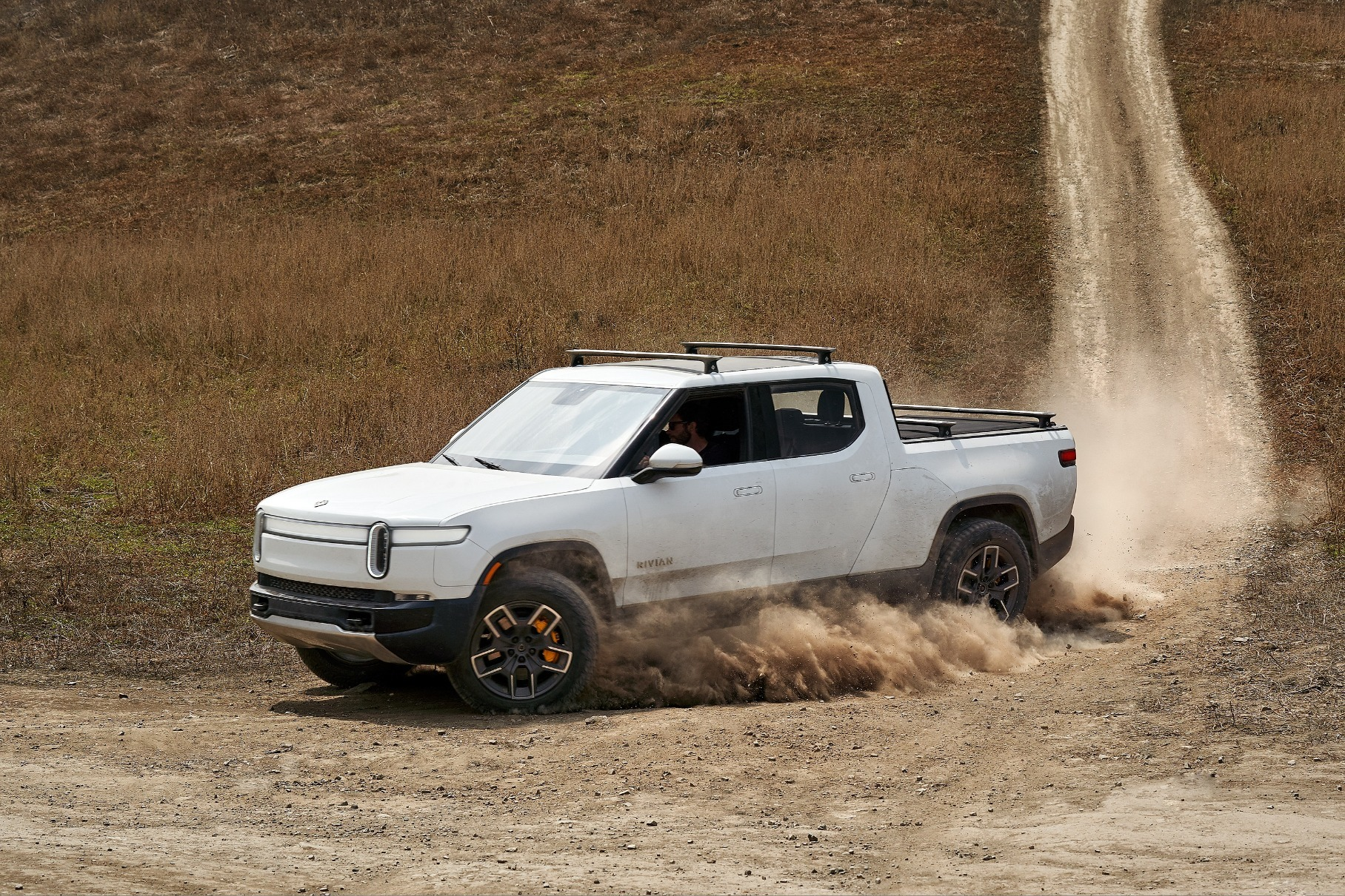 Rivian has shared a video of its all-electric R1T truck running around in a desert in Arizona, USA, its engineering crew assessing the performance of invertors and other systems.