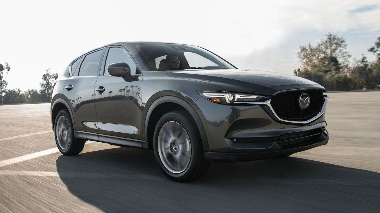 Ранее уже появлялись слухи о переходе будущих Mazda 6 и CX-5 на заднеприводную «тележку», а теперь японские журналисты раздобыли новую информацию о кроссовере: утверждают, что он превратится в кросс-купе.