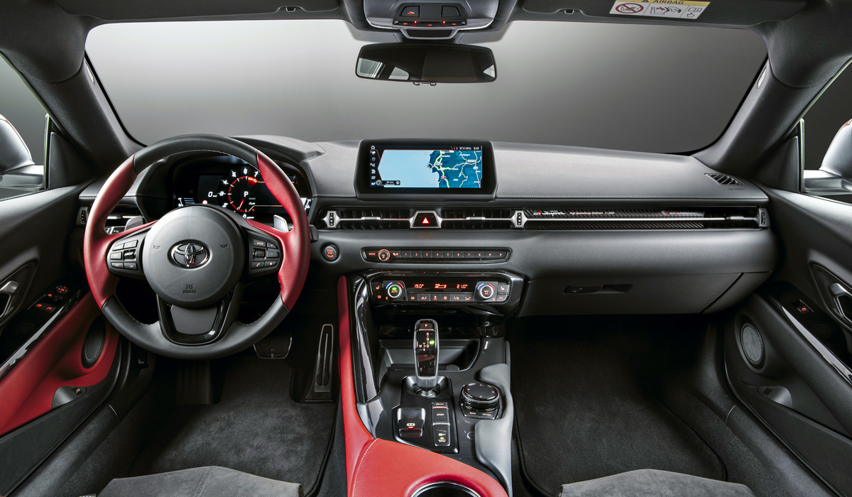 The more conservatively minded drivers have long lamented the fact that the fifth-gen Toyota Supra only comes with eight-speed auto for transmission. Up until now, only tune-up shops have indulged their fantasies. Now, Japanese media are abuzz with the rumor that the manual gearbox is underway at last.
