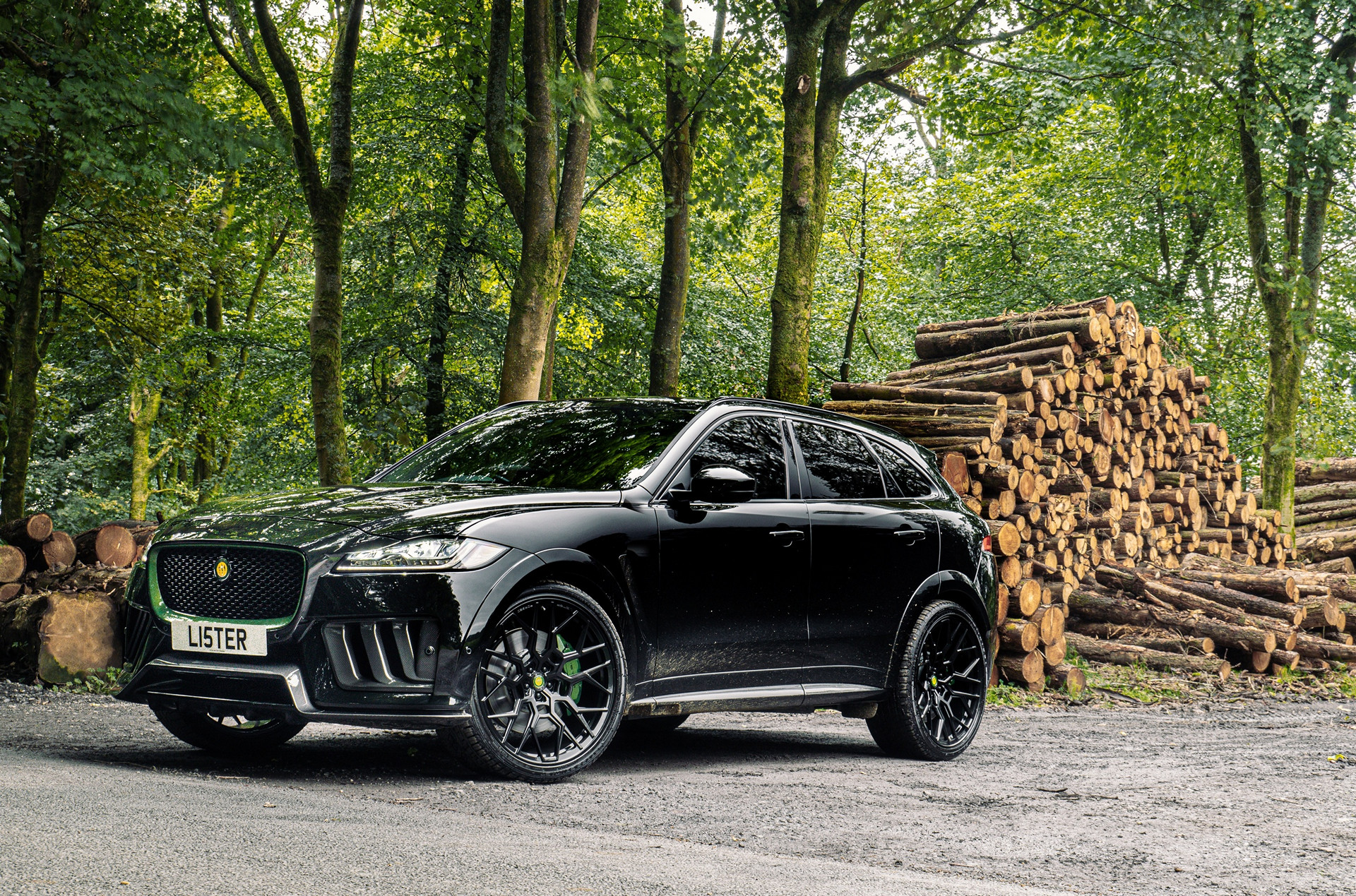 Lister Motor Company has unveiled Stealth, a crossover utility vehicle based on the Jaguar F-Pace SVR. The car produces 666 horsepower (497 kilowatts) and tops out at 314 km/h (195 mph), making it the fastest production vehicle of its kind in Great Britain.