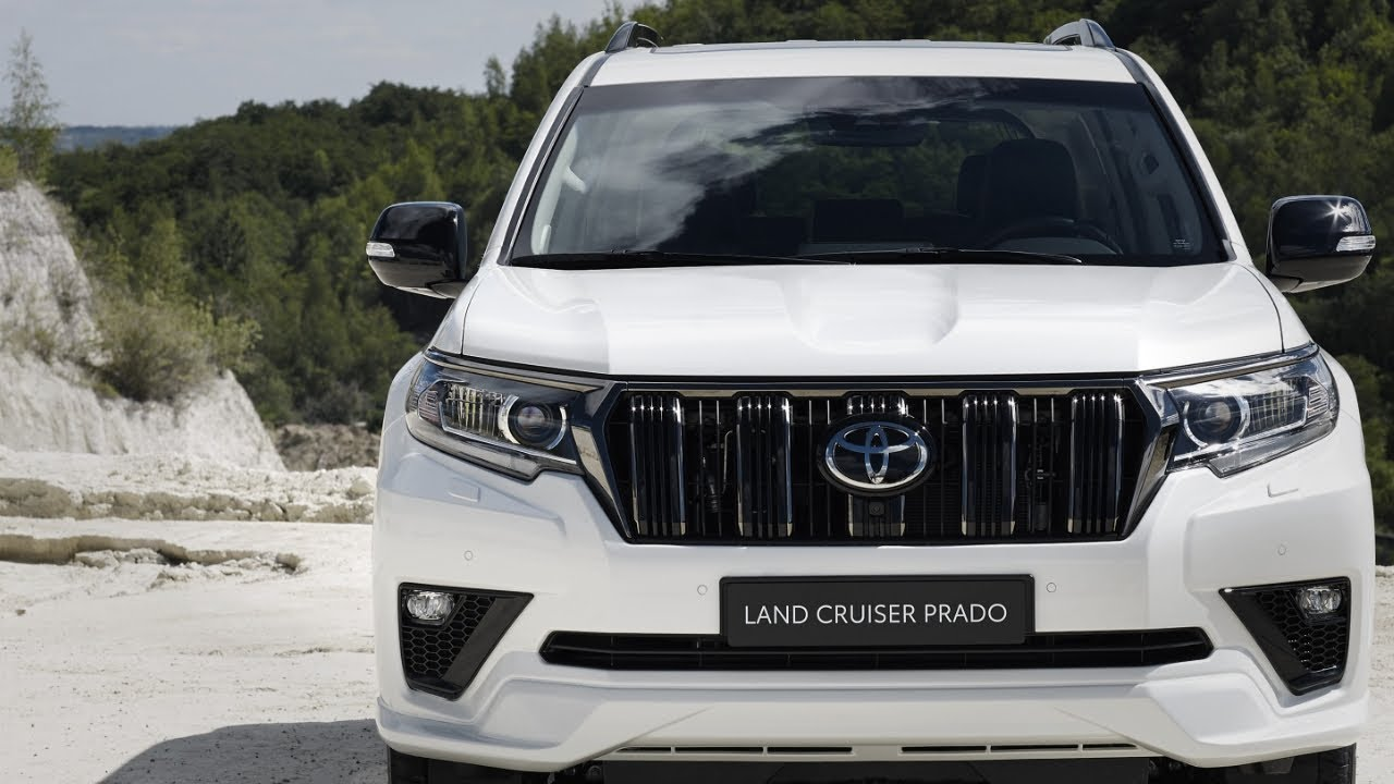 The current Toyota Land Cruiser Prado J150 has been with us since 2009 and has gone through multiple modernizations, but it seems that Toyota is in no hurry to replace it with a new model. Today, the aged SUV enjoys a facelift in Japan, and other markets should follow its example soon.
