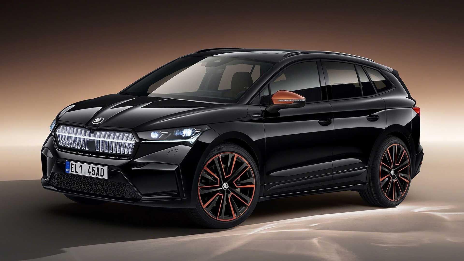 Компания Skoda раскрыла электрический кроссовер Enyaq iV: как и Volkswagen ID.4, новинка построена на электромобильной архитектуре MEB.