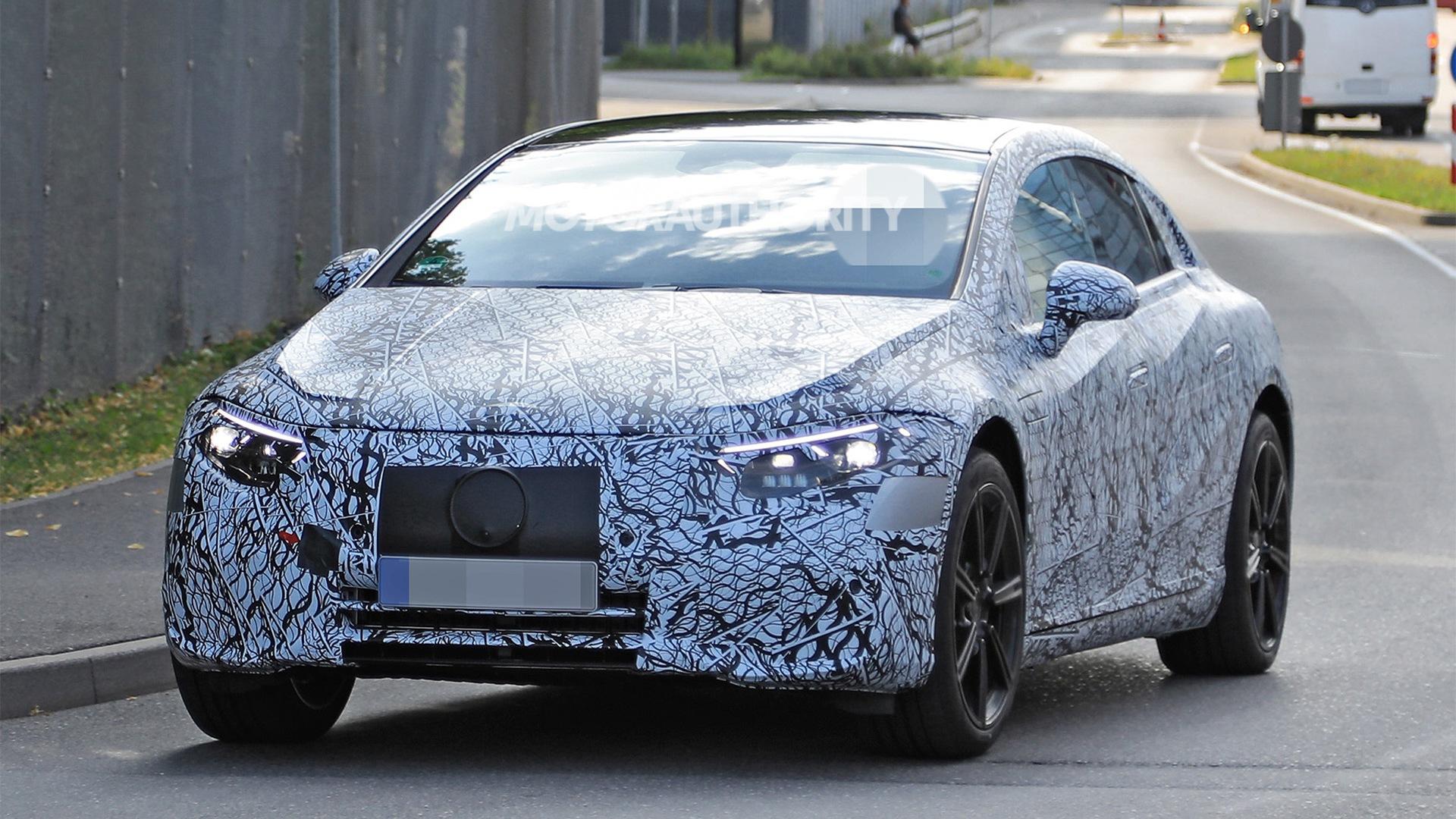 Руководитель Daimler Ола Каллениус, говоря о потенциале электрической архитектуры MEA, намекнул, что нет препятствий для создания «батарейного» Maybach.