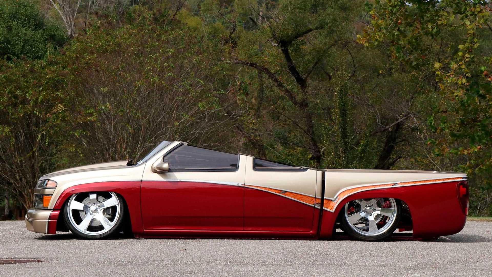 В ноябре в Лас-Вегасе пройдёт выставка-аукцион, посвящённая редким и уникальным автомобилям. Этот Chevrolet Colorado, заниженный и переделанный в родстер, определённо станет одним из наиболее любопытных экспонатов.