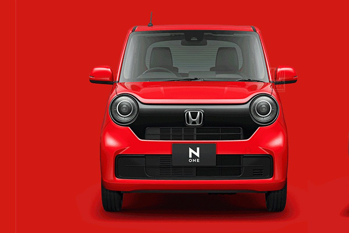Спустя восемь лет компакт Honda N-One в стиле модели N360 образца 60-х сменил поколение, но дизайн почти не изменился: внешние отличия от предшественника заключаются в нюансах.